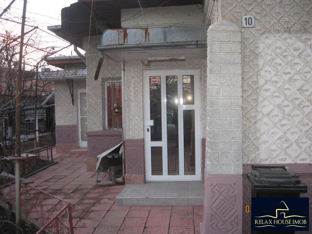 Casa 6 camere in Ploiesti, zona cartierului Bereasca-17806-0
