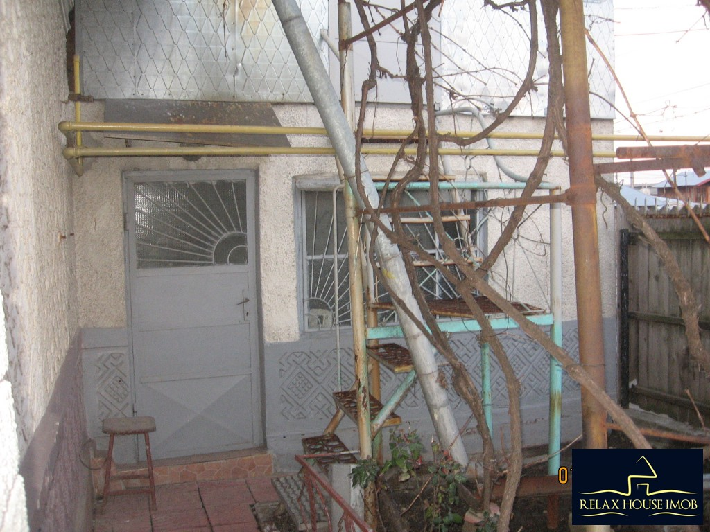 Casa 6 camere in Ploiesti, zona cartierului Bereasca-17806-16