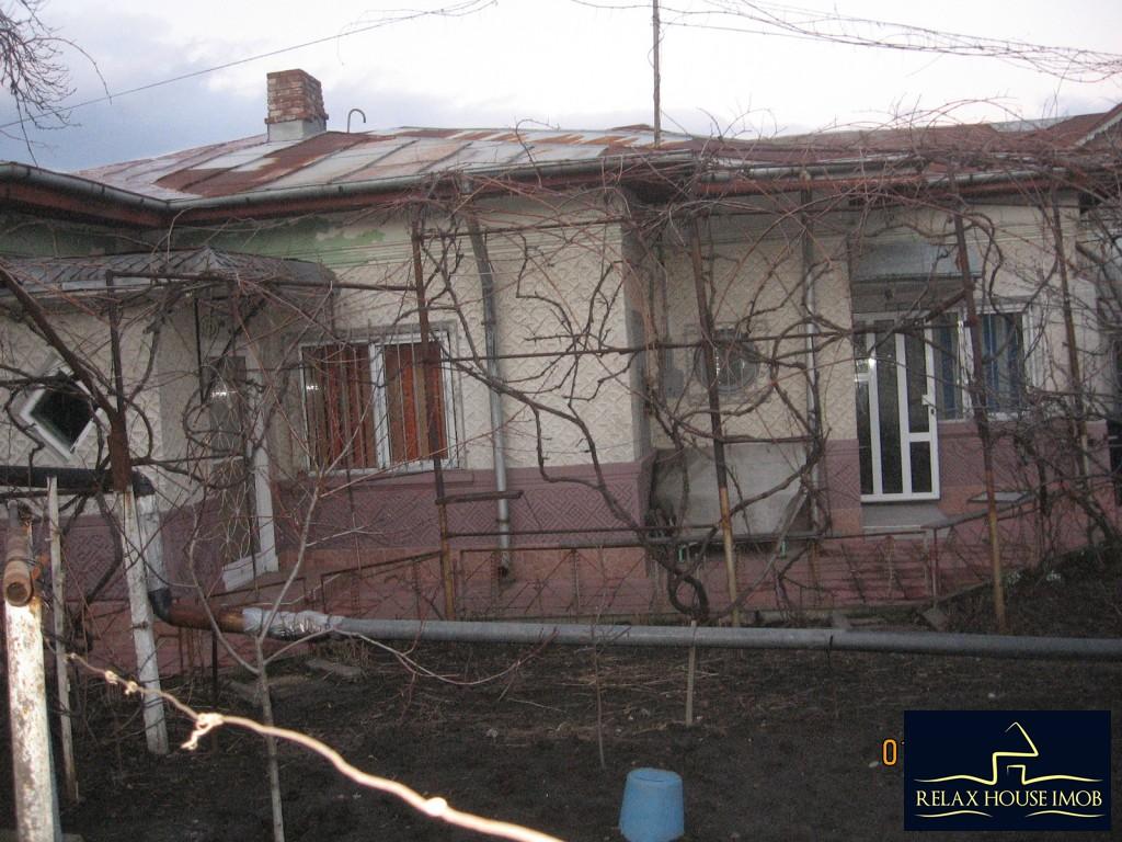 Casa 6 camere in Ploiesti, zona cartierului Bereasca-17806-1