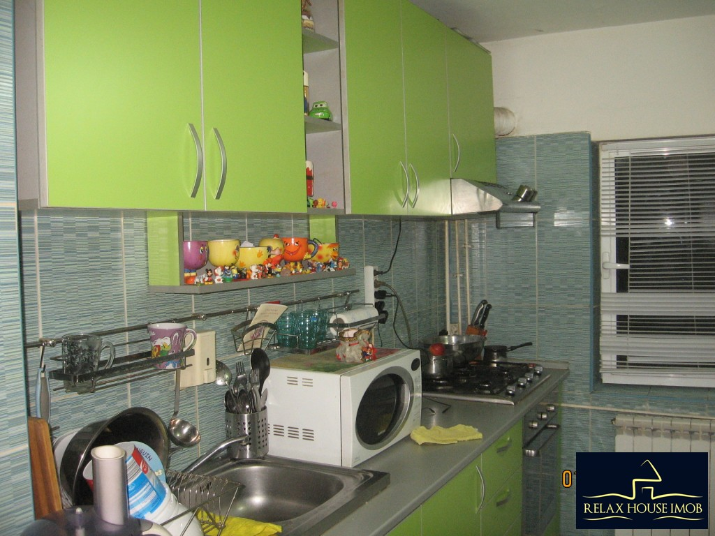 Apartament 3 camere confort 1 semidecomandat, in Ploiesti, zona Enachita Vacarescu - Vitejilor-17804-7