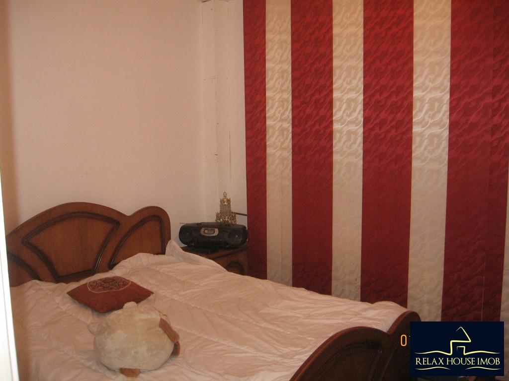 Apartament 3 camere confort 1 semidecomandat, in Ploiesti, zona Enachita Vacarescu - Vitejilor-17804-5