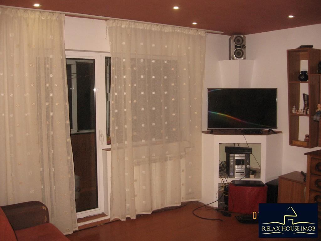 Apartament 3 camere confort 1 semidecomandat, in Ploiesti, zona Enachita Vacarescu - Vitejilor-17804-6