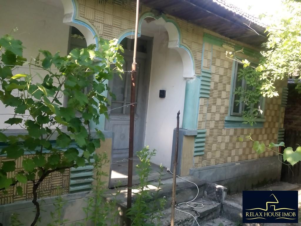 Casa in Sangeru--la 50 km de Ploiesti-17681-3