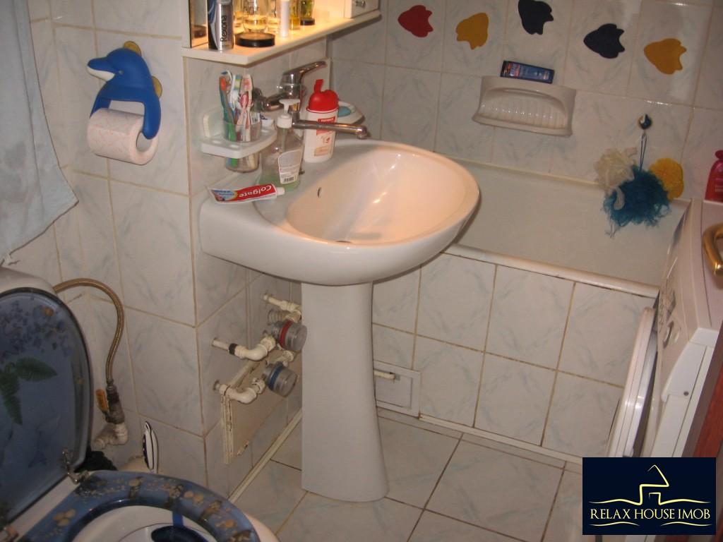 Apartament confort 1A decomandat in Ploiesti, zona Malu Rosu - piata-17690-12