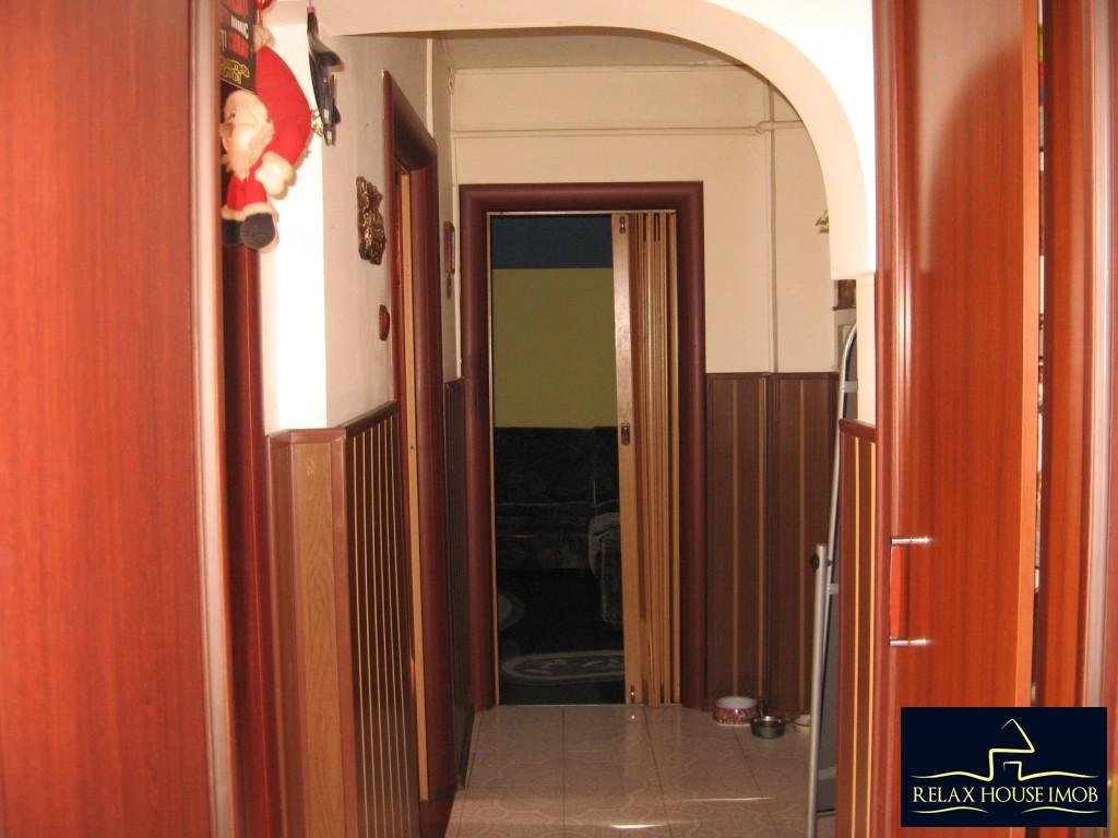 Apartament confort 1A decomandat in Ploiesti, zona Malu Rosu - piata-17690-13