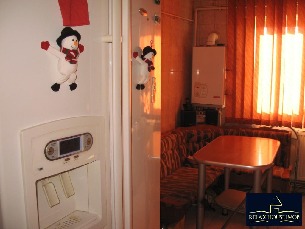 Apartament confort 1A decomandat in Ploiesti, zona Malu Rosu - piata-17690-17