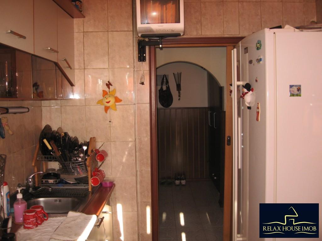 Apartament confort 1A decomandat in Ploiesti, zona Malu Rosu - piata-17690-20