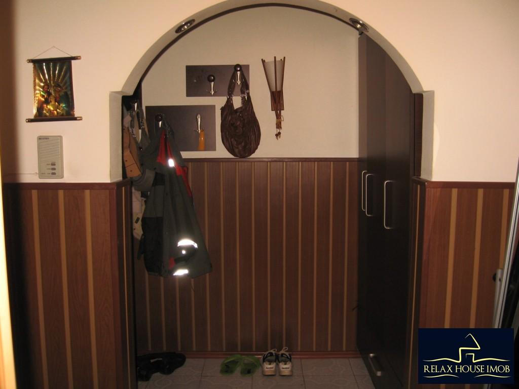 Apartament confort 1A decomandat in Ploiesti, zona Malu Rosu - piata-17690-14