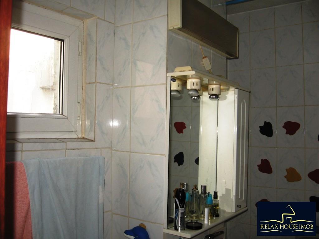 Apartament confort 1A decomandat in Ploiesti, zona Malu Rosu - piata-17690-23