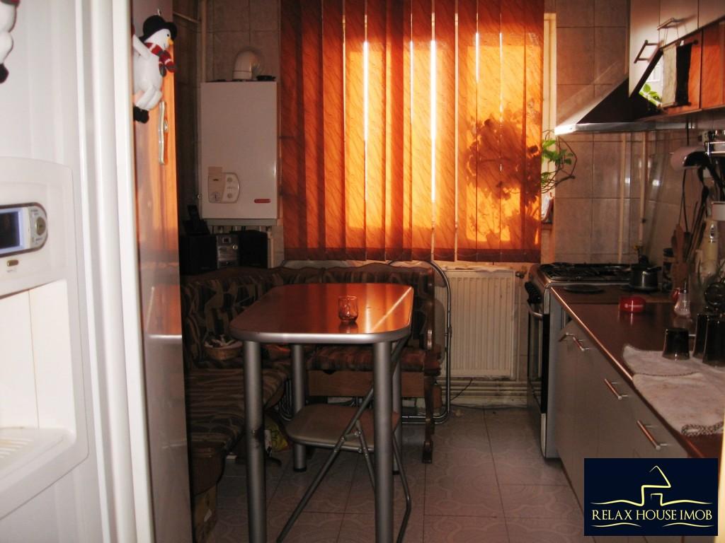Apartament confort 1A decomandat in Ploiesti, zona Malu Rosu - piata-17690-19