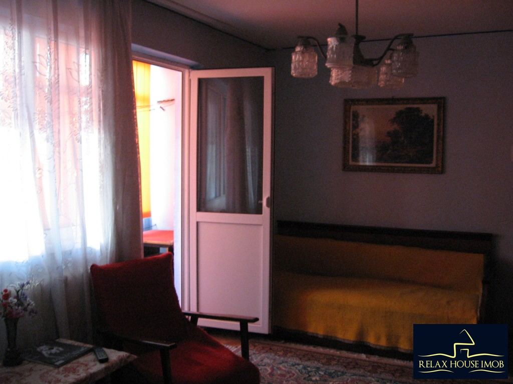 Apartament 3 camere confort 1 semidecomandat, in Ploiesti, zona Vest - Lacul Balea-17843-1