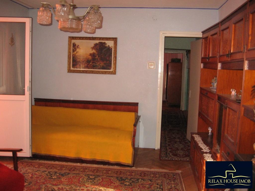 Apartament 3 camere confort 1 semidecomandat, in Ploiesti, zona Vest - Lacul Balea-17843-2
