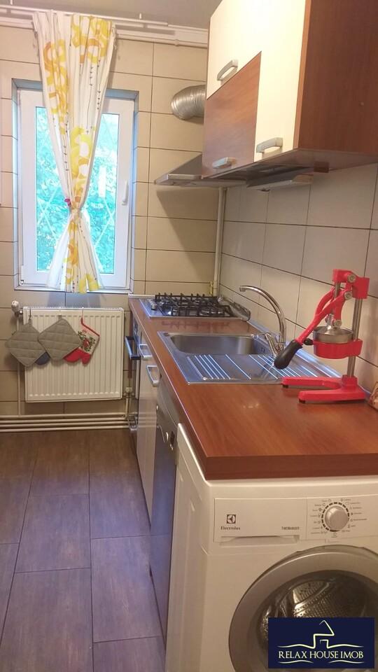 Vanzare-apartament-3-camere-Ploiesti-zona-Cameliei-11.jpeg