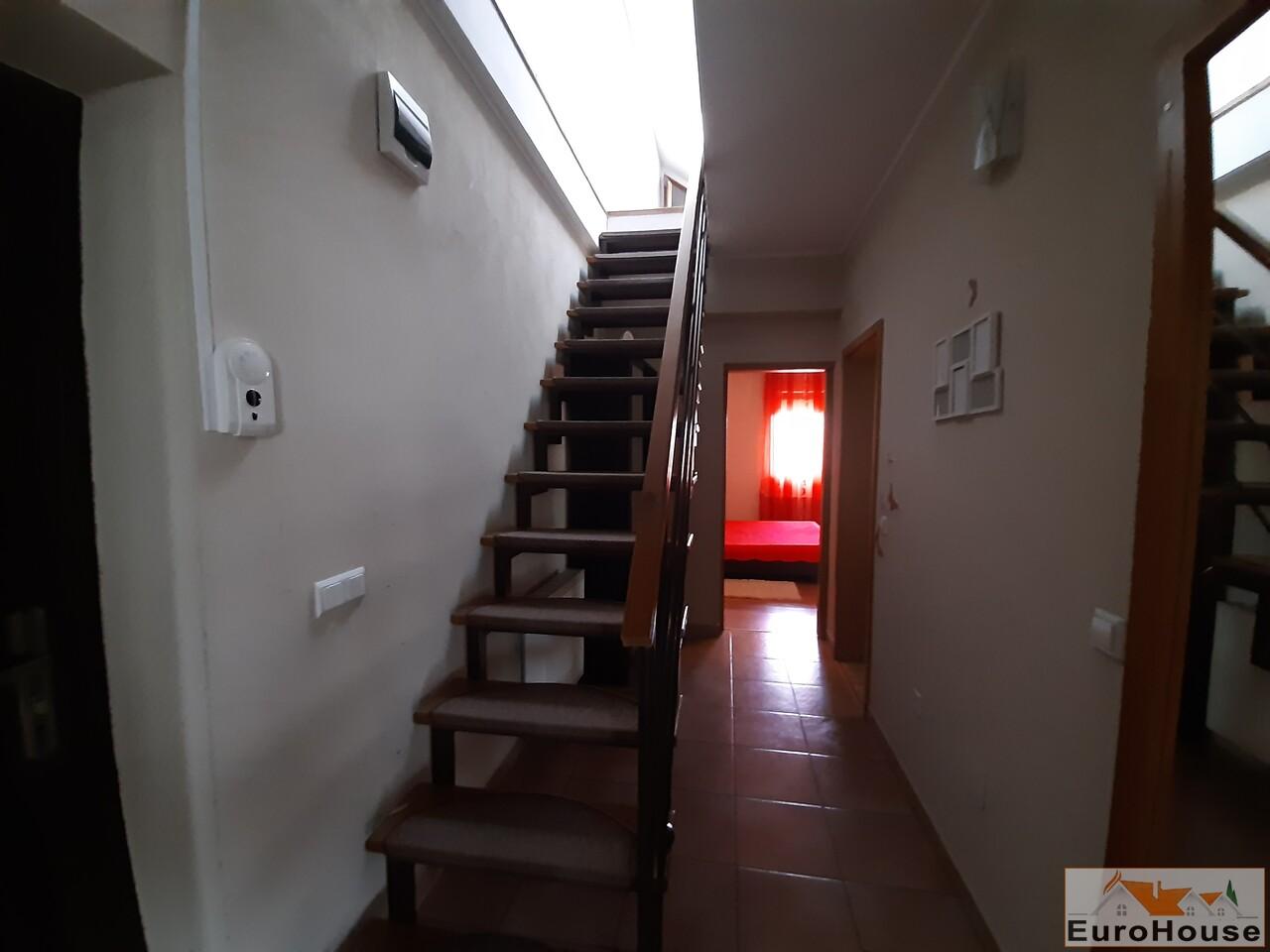 Apartament cu 2 camere de inchiriat in Alba Iulia -35126-