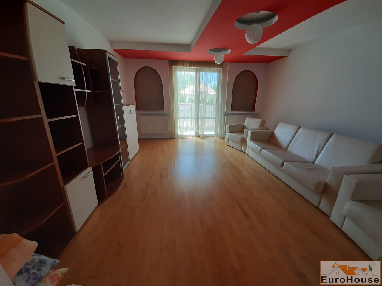 Apartament cu 3 camere de vanzare in Alba Iulia -35174-