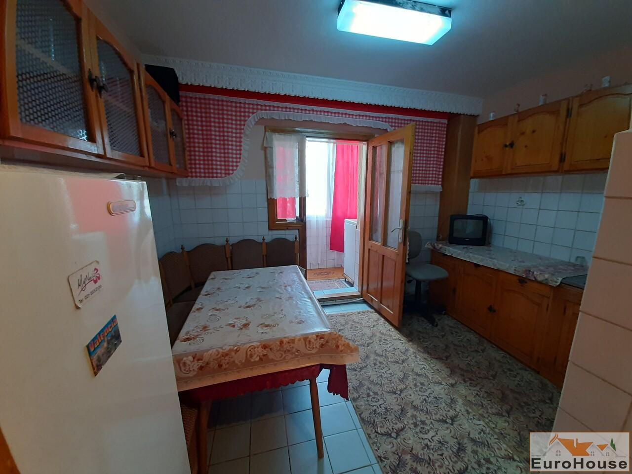 Apartament cu 2 camere de inchiriat in Alba Iulia -35245-
