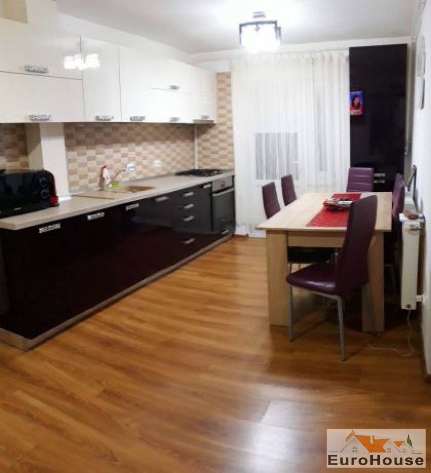 Apartament de vanzare 3 camere  Alba Iulia-34046-