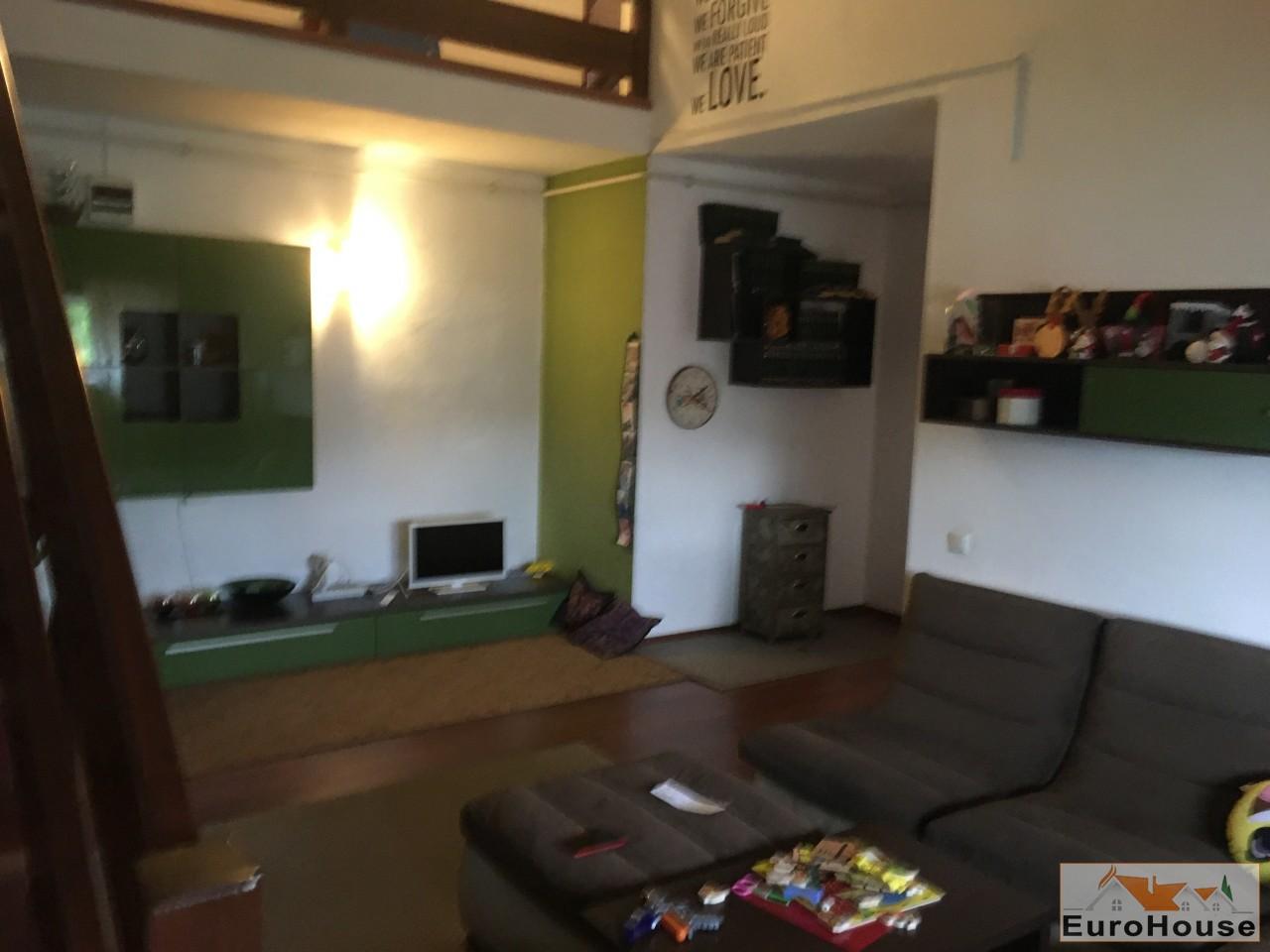 Apartament 4 camere de vanzare Alba Iulia -33565-