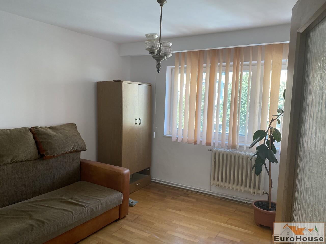 Apartament cu 2 camere de inchiriat  in Alba Iulia-35244-
