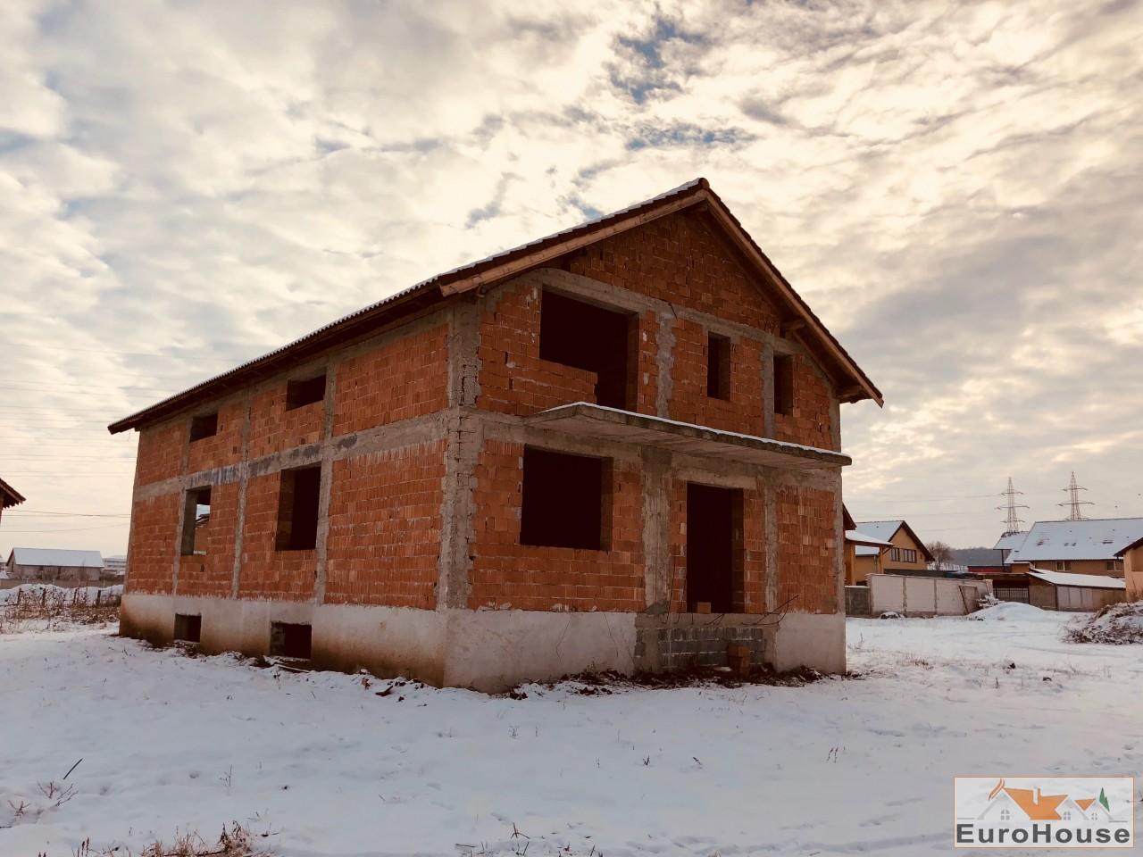 Casa tip duplex la rosu in Alba Iulia-33862-
