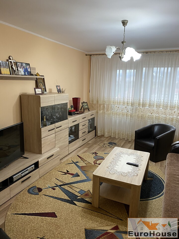 Apartament de vanzare 3 camere  Alba Iulia-34679-
