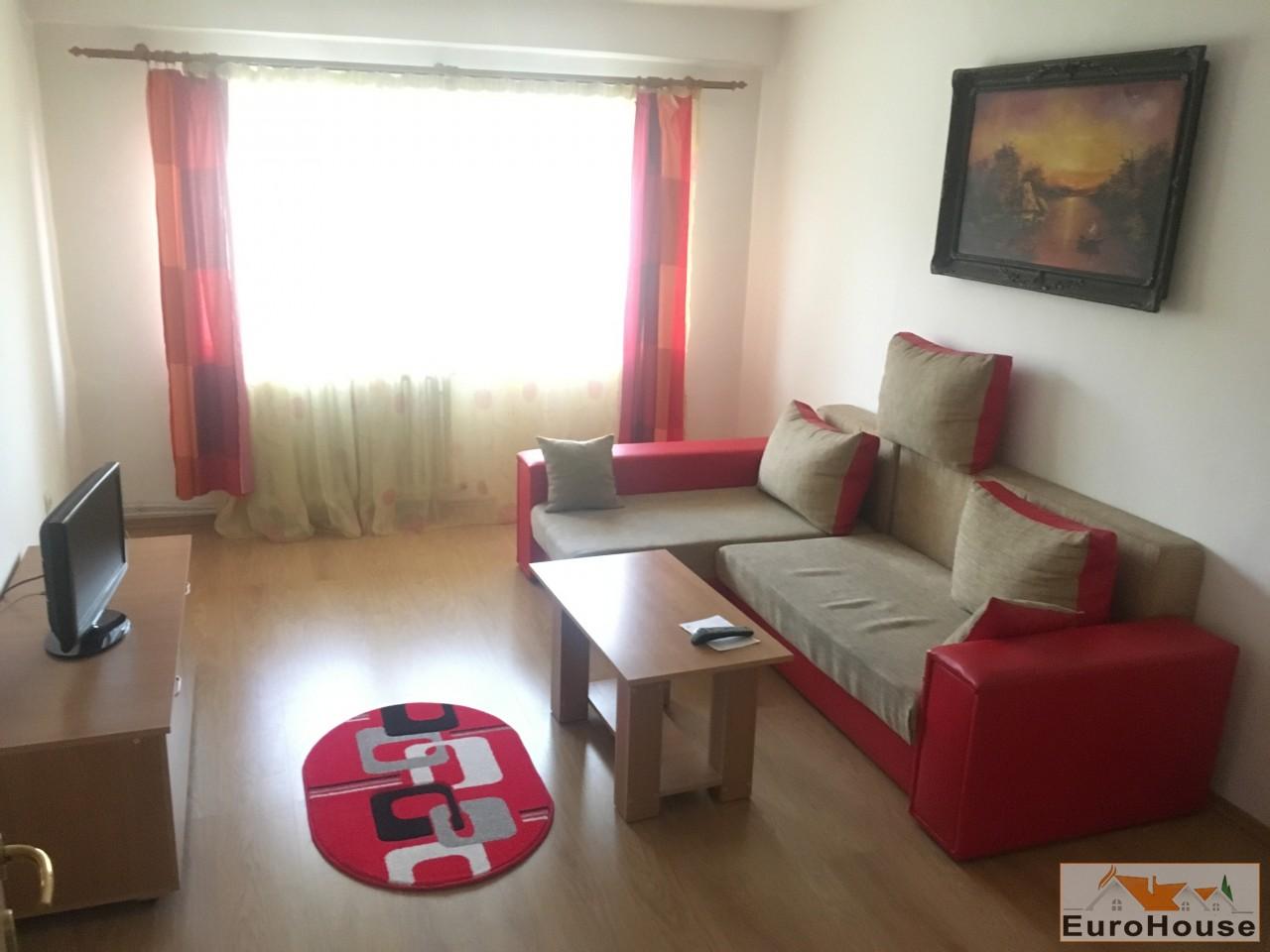 Apartament de vanzare 3 camere decomandat Centru!!-31401-