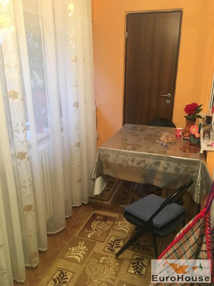 Apartament 2 camere de vanzare Alba Iulia -33832-