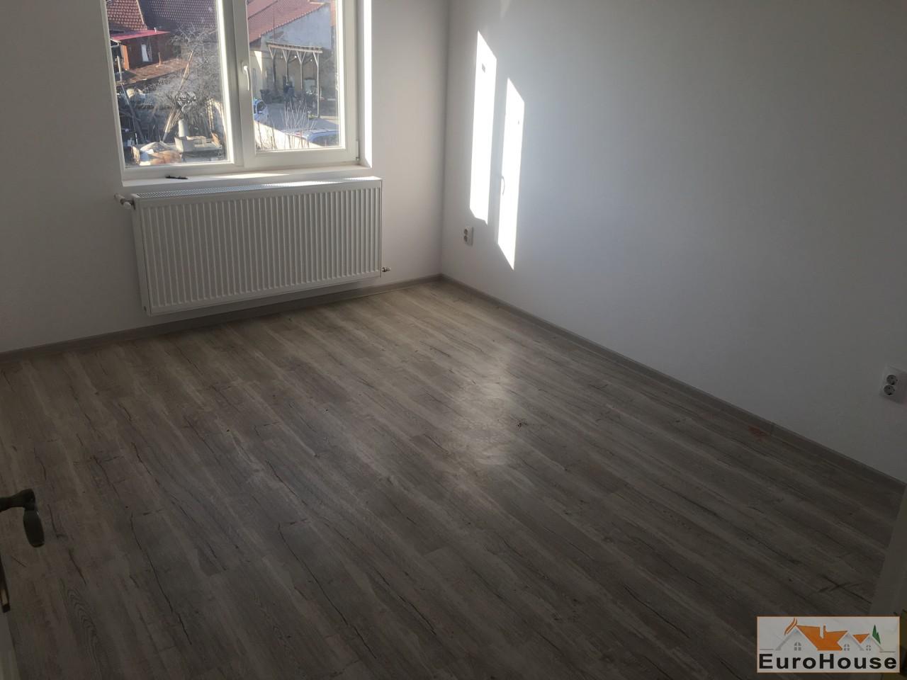 Casa noi  in Alba Iulia -33917-