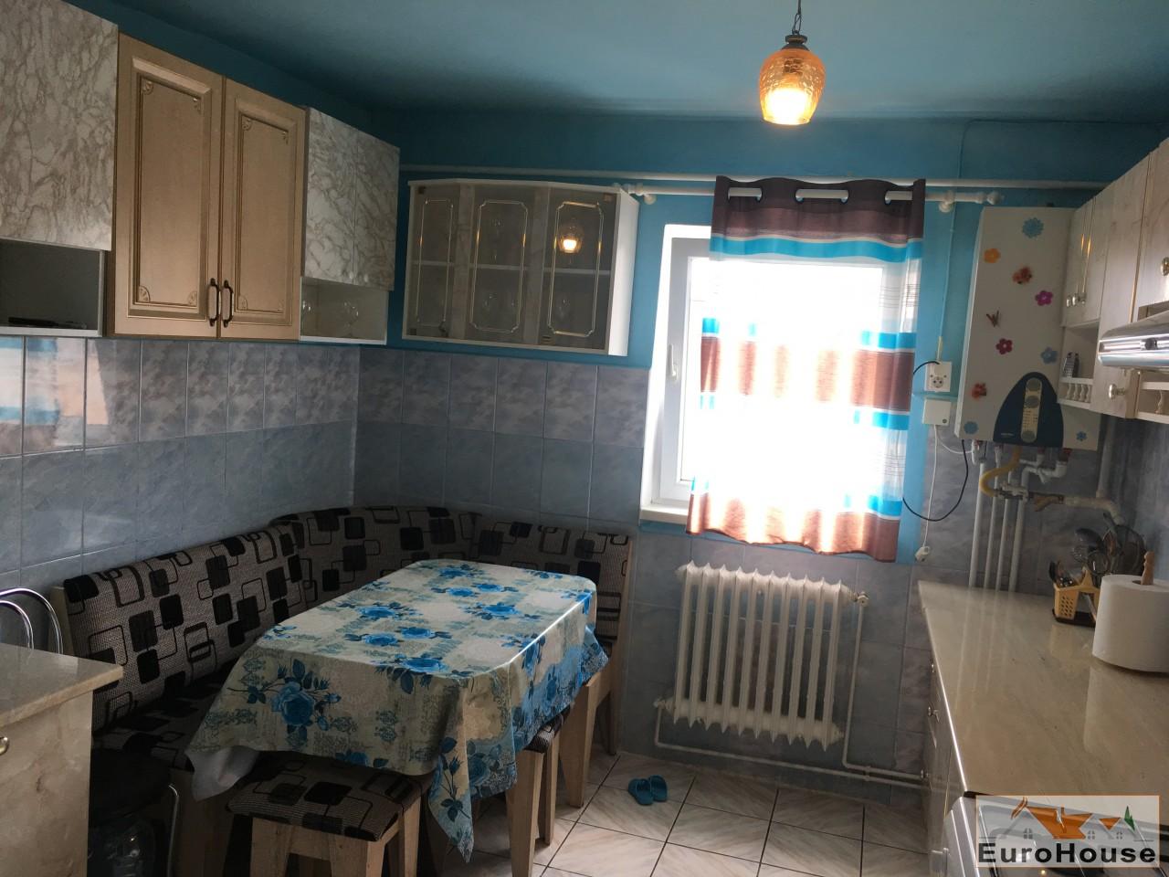 Apartament 2 camere de vanzare Alba Iulia -34048-