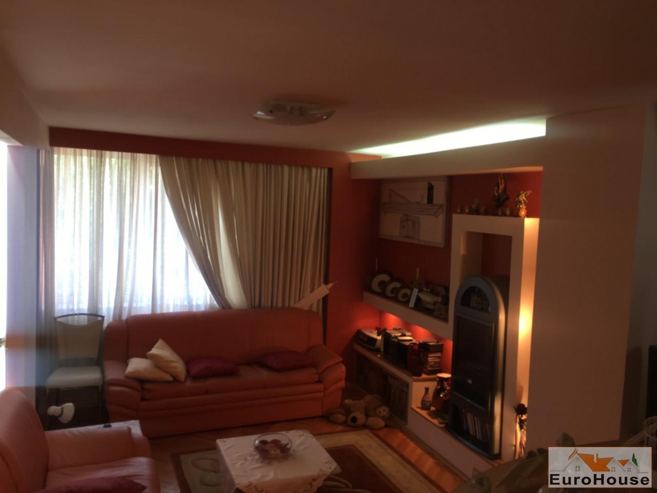 Apartament de vanzare 4 camere  Alba Iulia-34050-