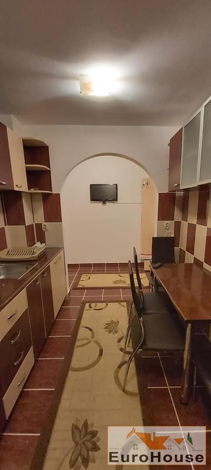 Apartament 3 camere de inchiriat Alba Iulia -34540-