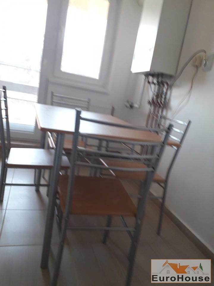 Apartament de inchiriat  3 camere  Alba Iulia-33940-