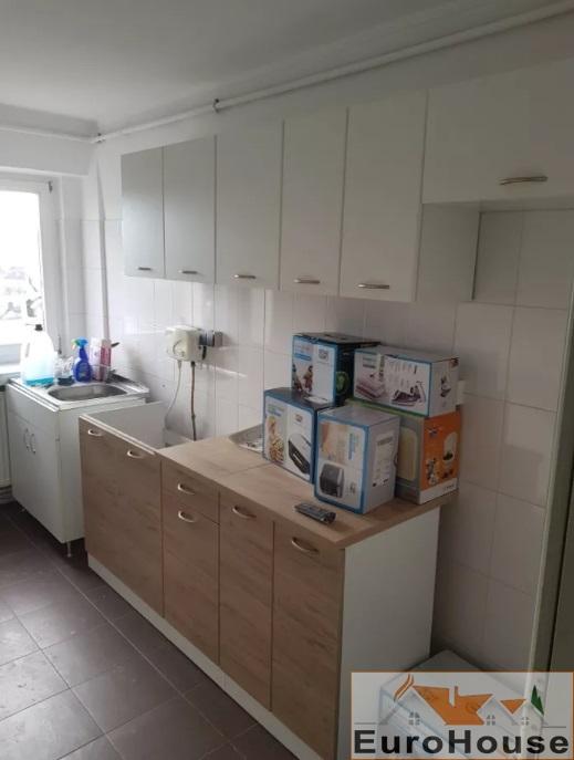 Apartament 3 camere de vanzare Alba Iulia -33793-