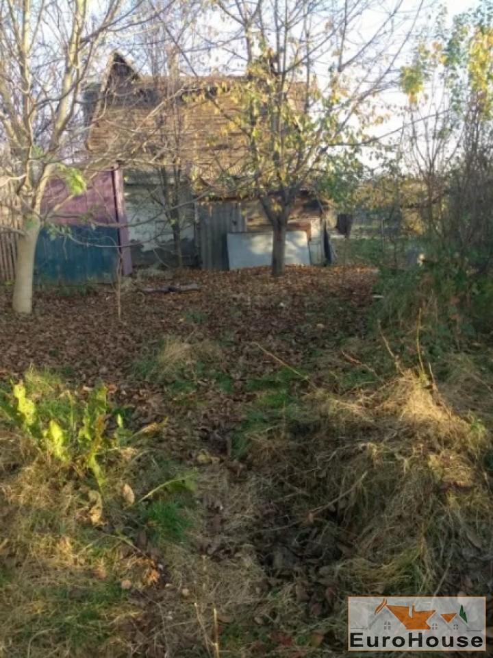 Teren intravilan- casa veche  in Alba Iulia -33810-