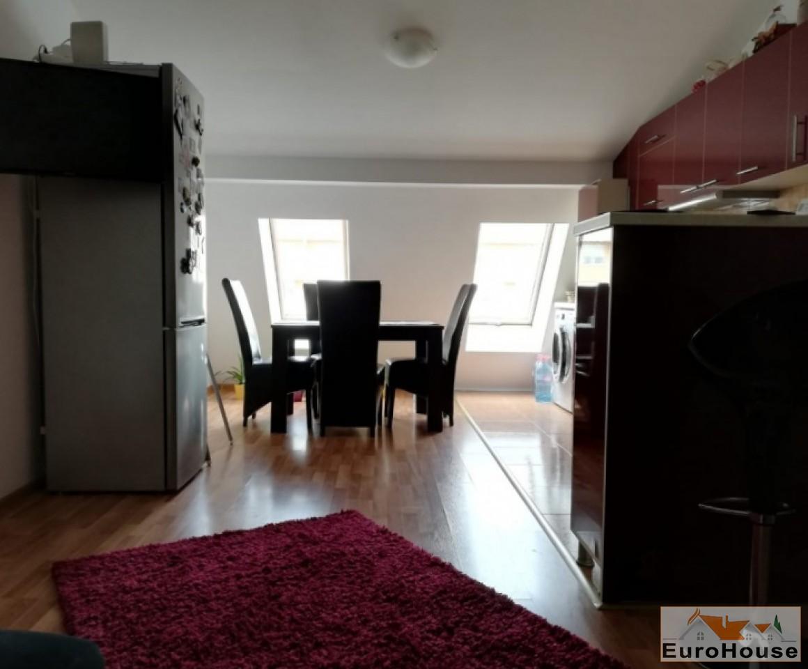 Apartament de vanzare 3 camere  Alba Iulia-33845-