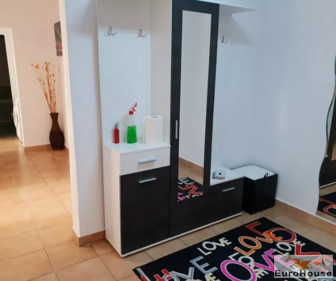 Apartament de vanzare 4 camere  Alba Iulia-33860-