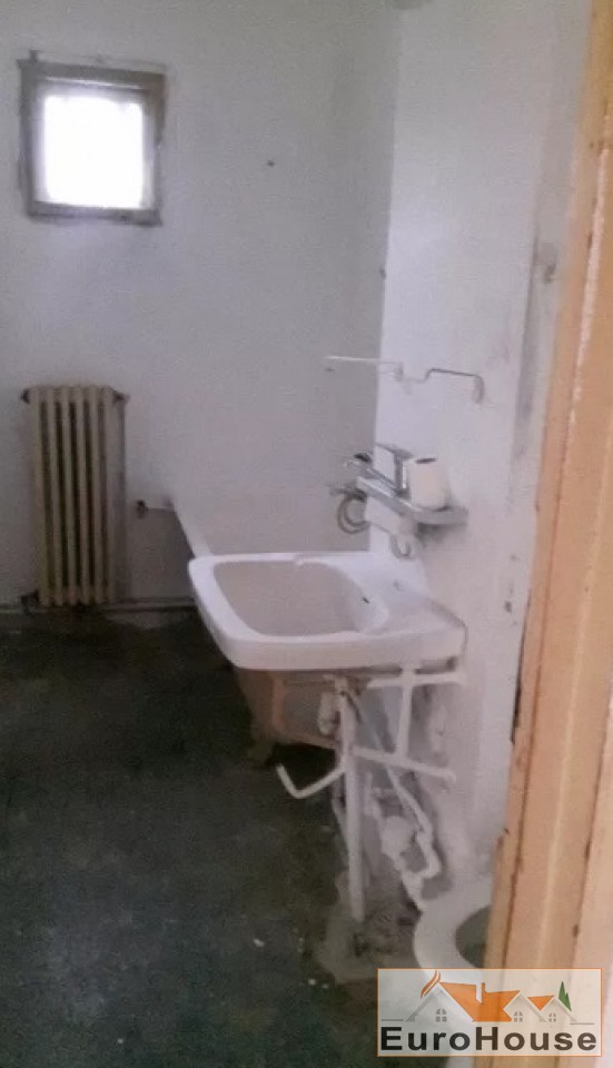 Apartament 2 camere de vanzare Alba Iulia -33863-