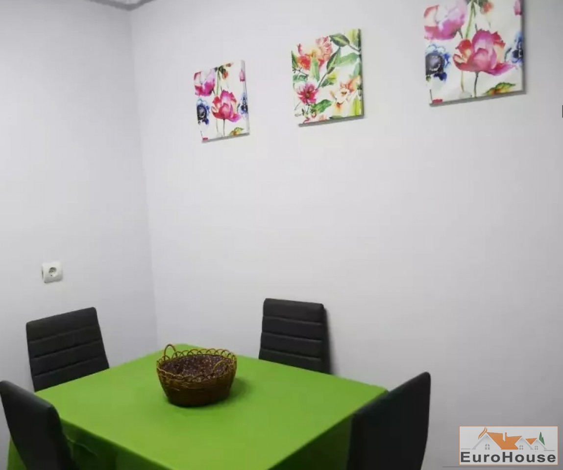 Apartament de vanzare 3  camere-Centru-33248-