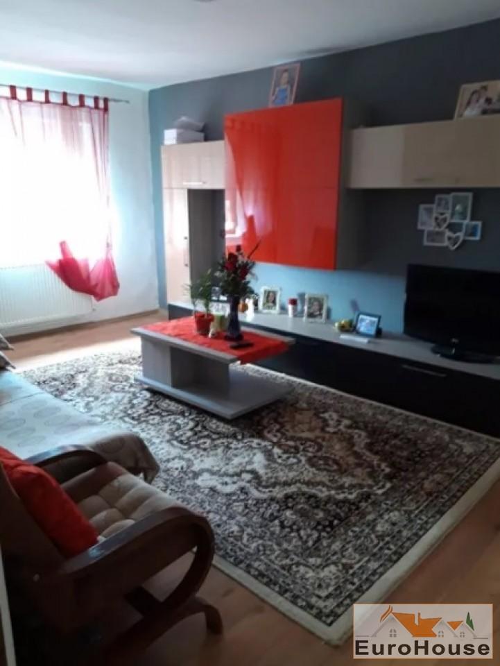 Apartament 2 camere de vanzare Alba Iulia -34001-
