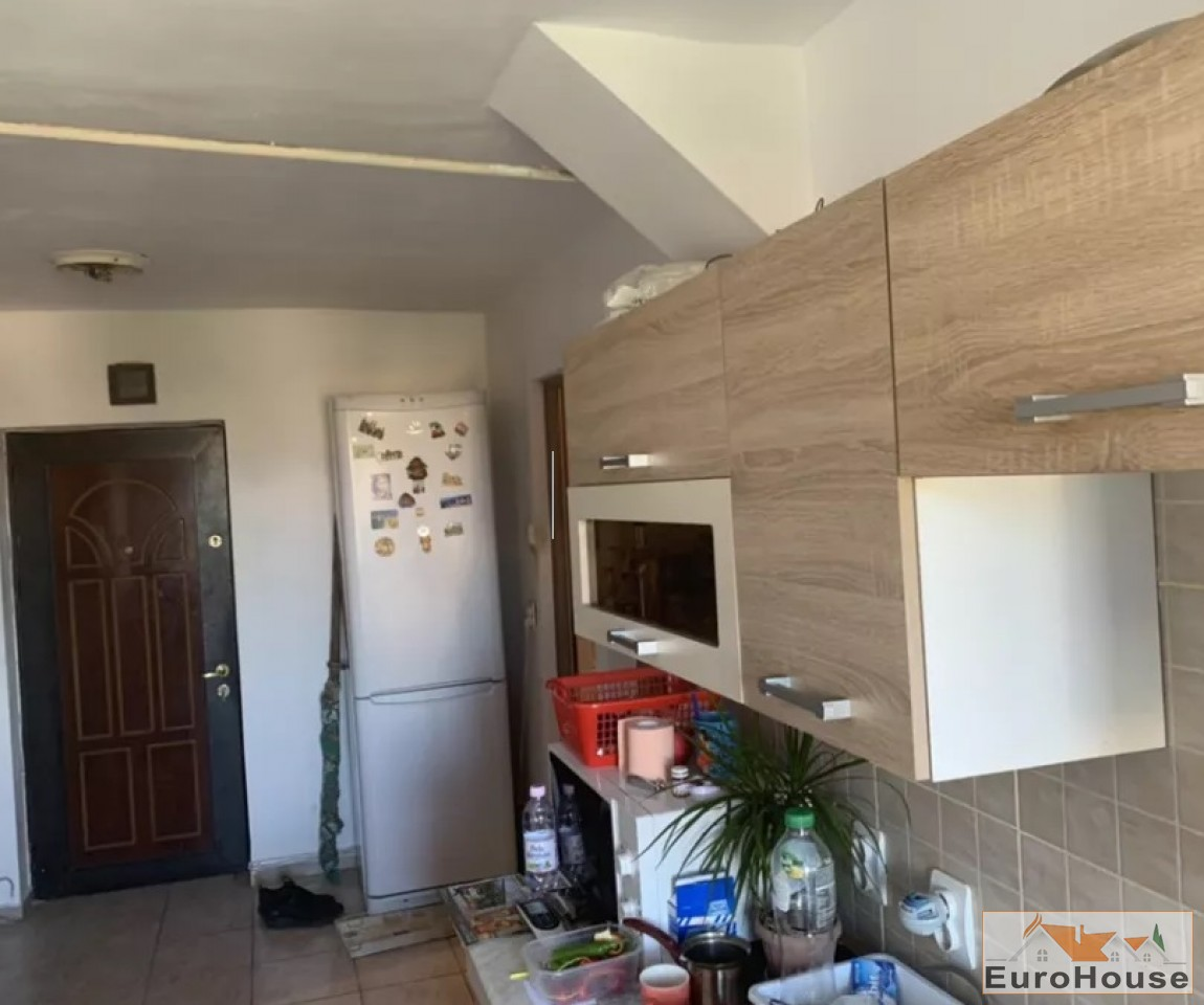 Apartament 2 camere de vanzare Alba Iulia -34137-