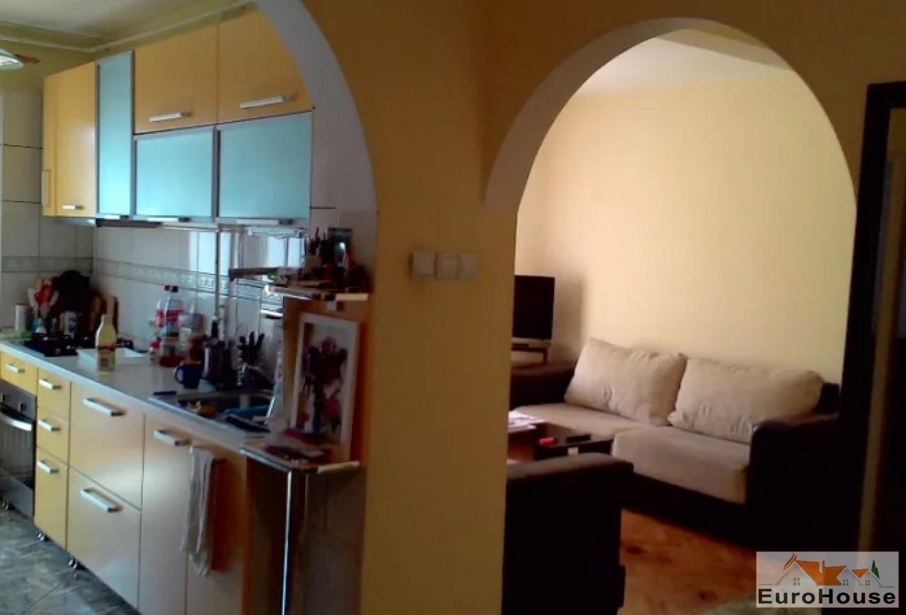 Apartament de vanzare 4 camere  Alba Iulia-34179-