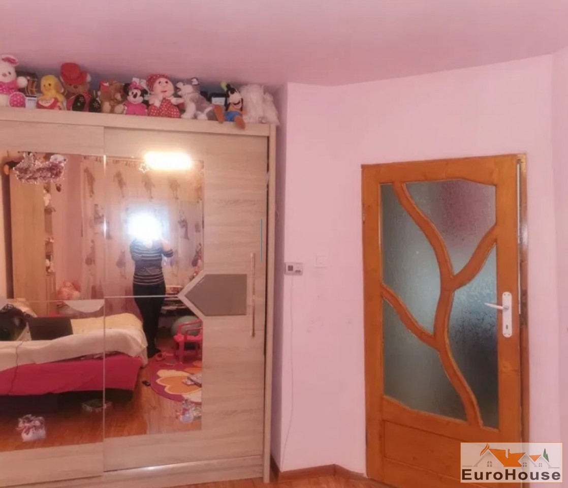 Apartament 2 camere de vanzare Alba Iulia -34270-