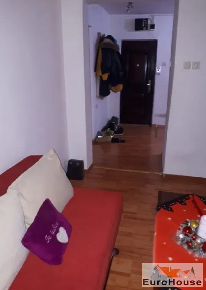 Apartament de vanzare 3 camere  Alba Iulia-34404-