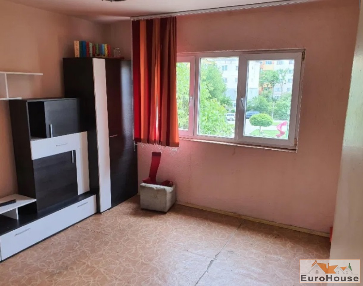 Apartament de vanzare 3 camere  Alba Iulia-34417-