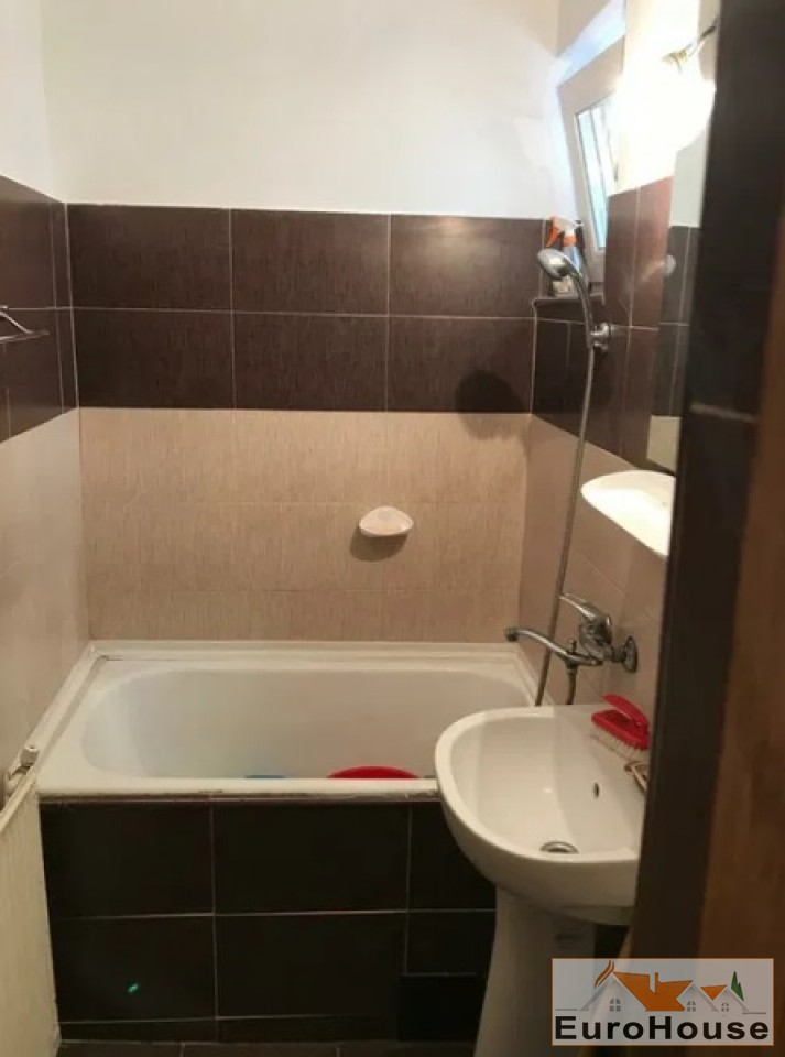 Apartament 2 camere de vanzare Alba Iulia -34435-