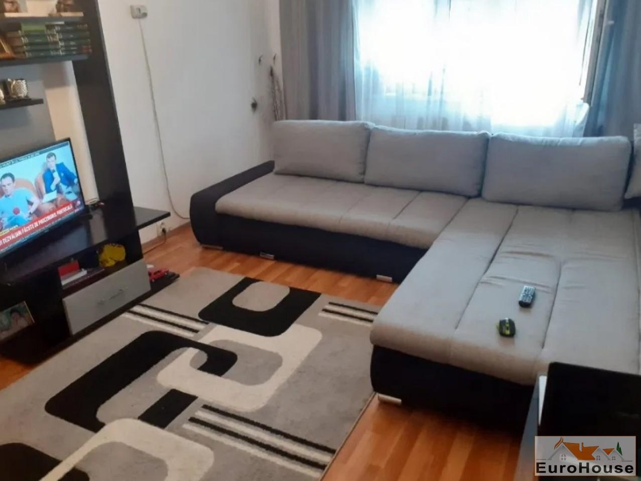 Apartament 3 camere de vanzare Alba Iulia -34537-