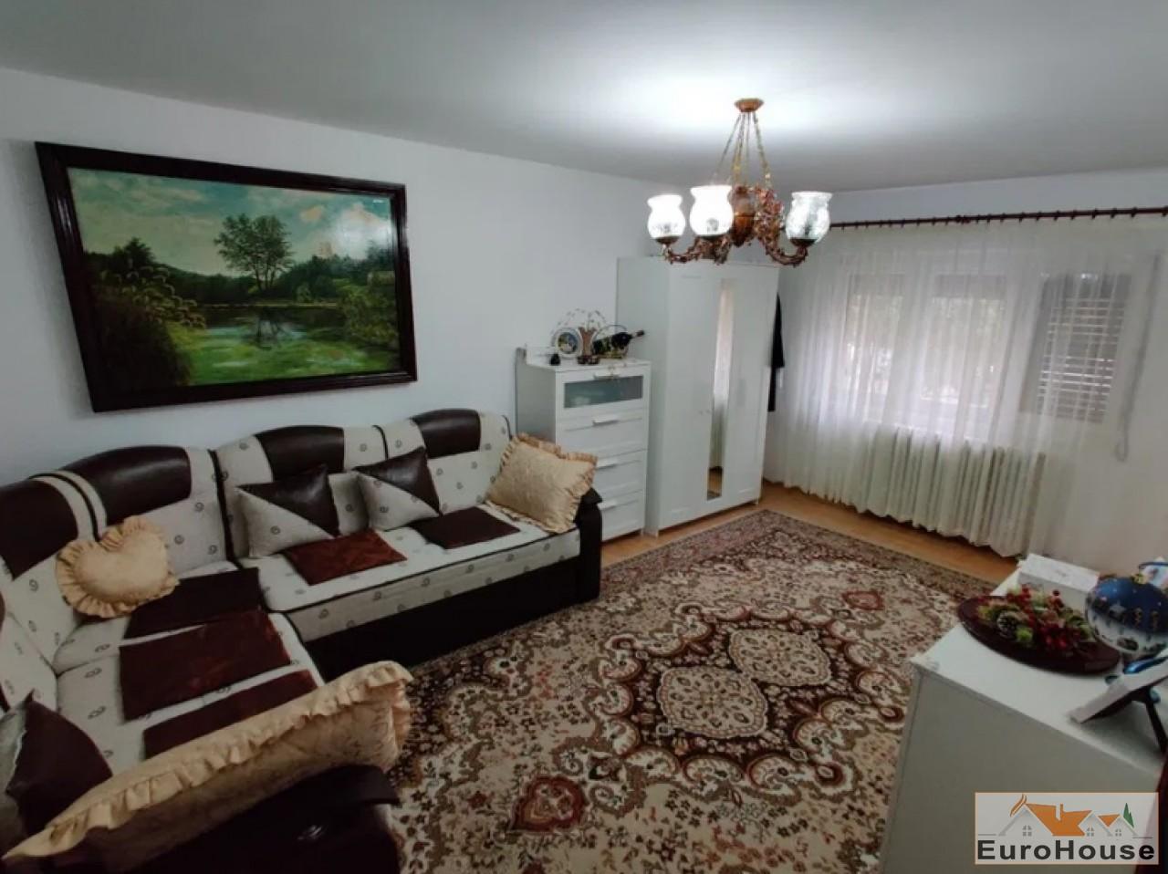 Apartament 2 camere de vanzare Alba Iulia -34609-