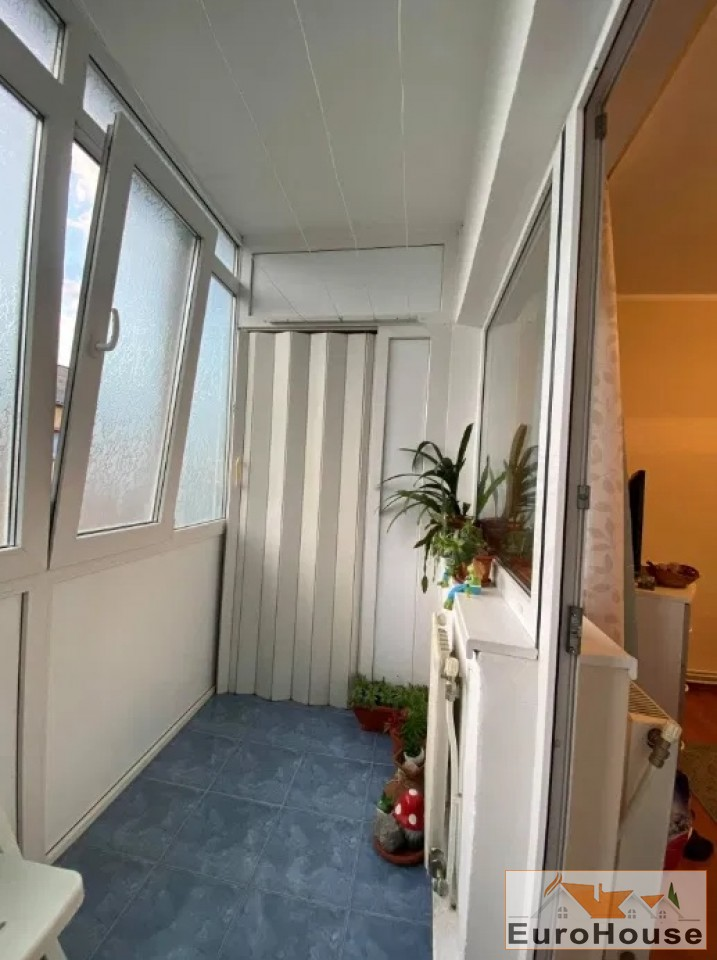 Apartament 2 camere de vanzare Alba Iulia -34615-