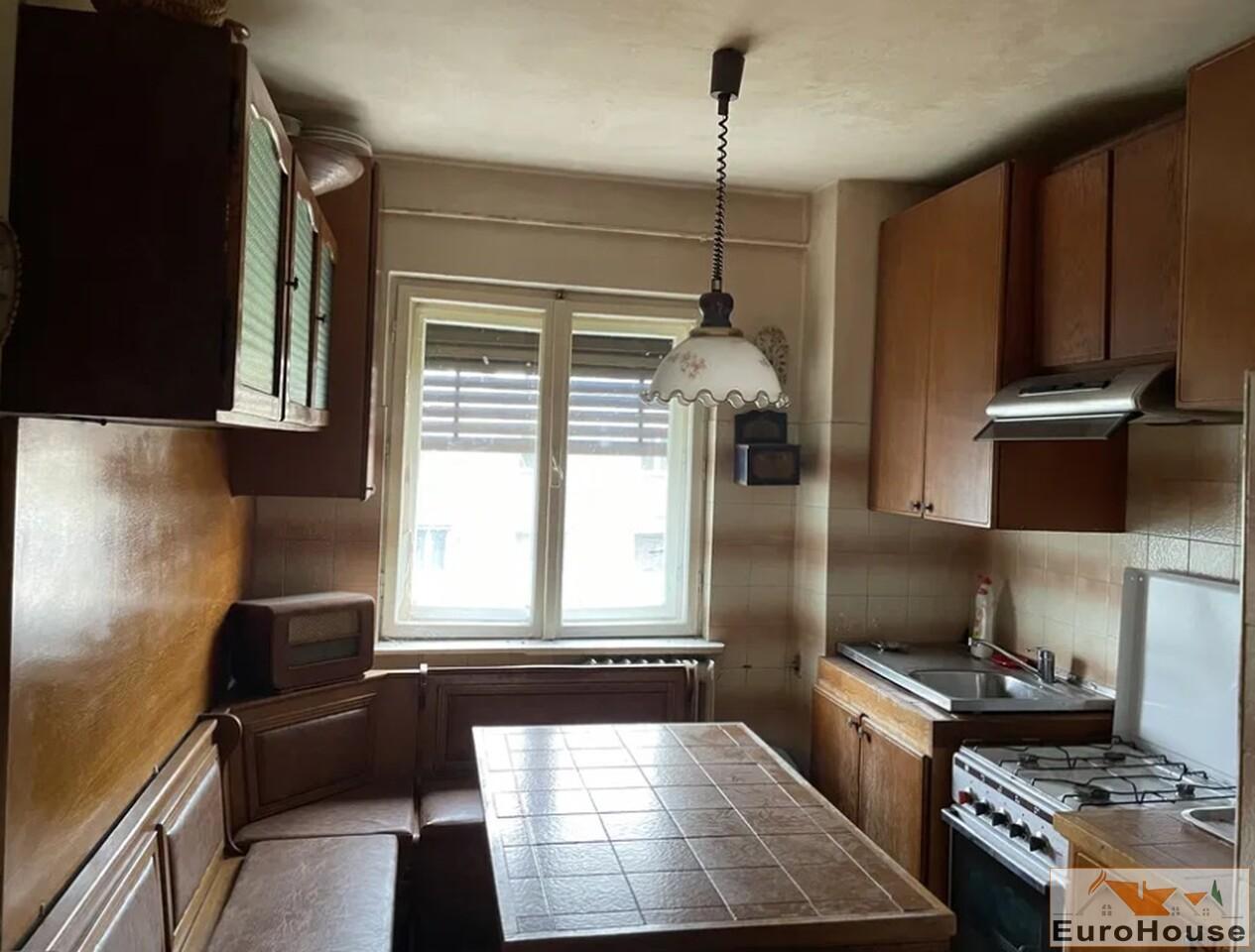 Apartament cu 3 camere de vanzare in Alba Iulia-34767-