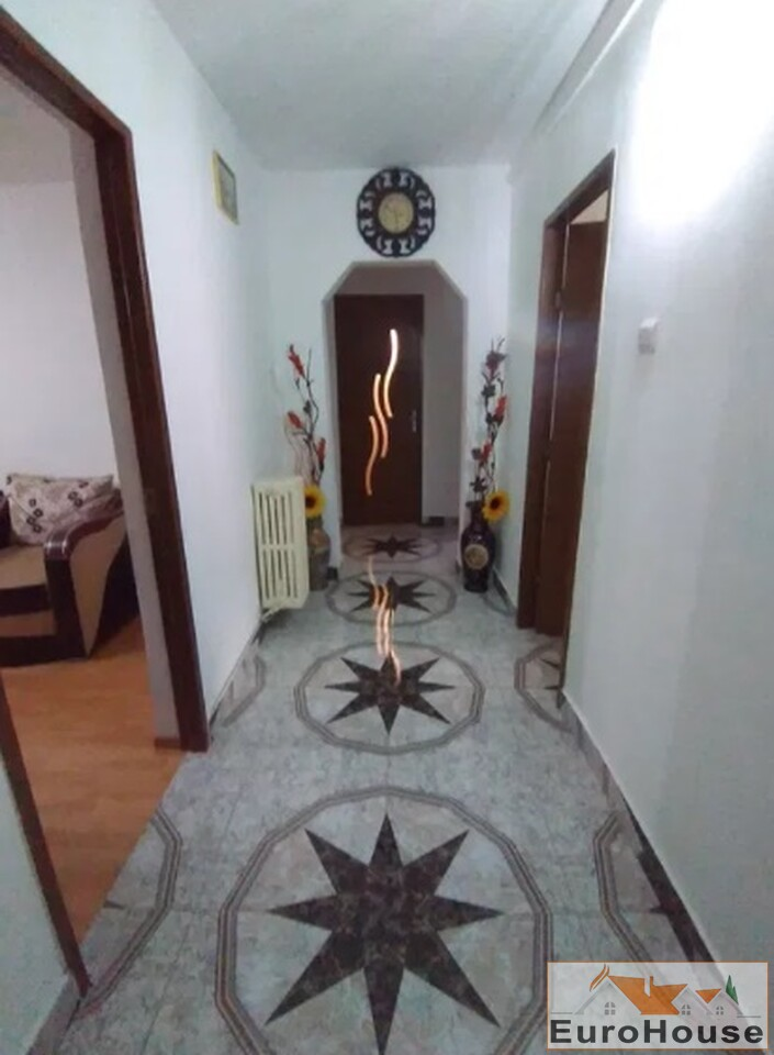 Apartament cu 3 camere de vanzare in Alba Iulia-35039-